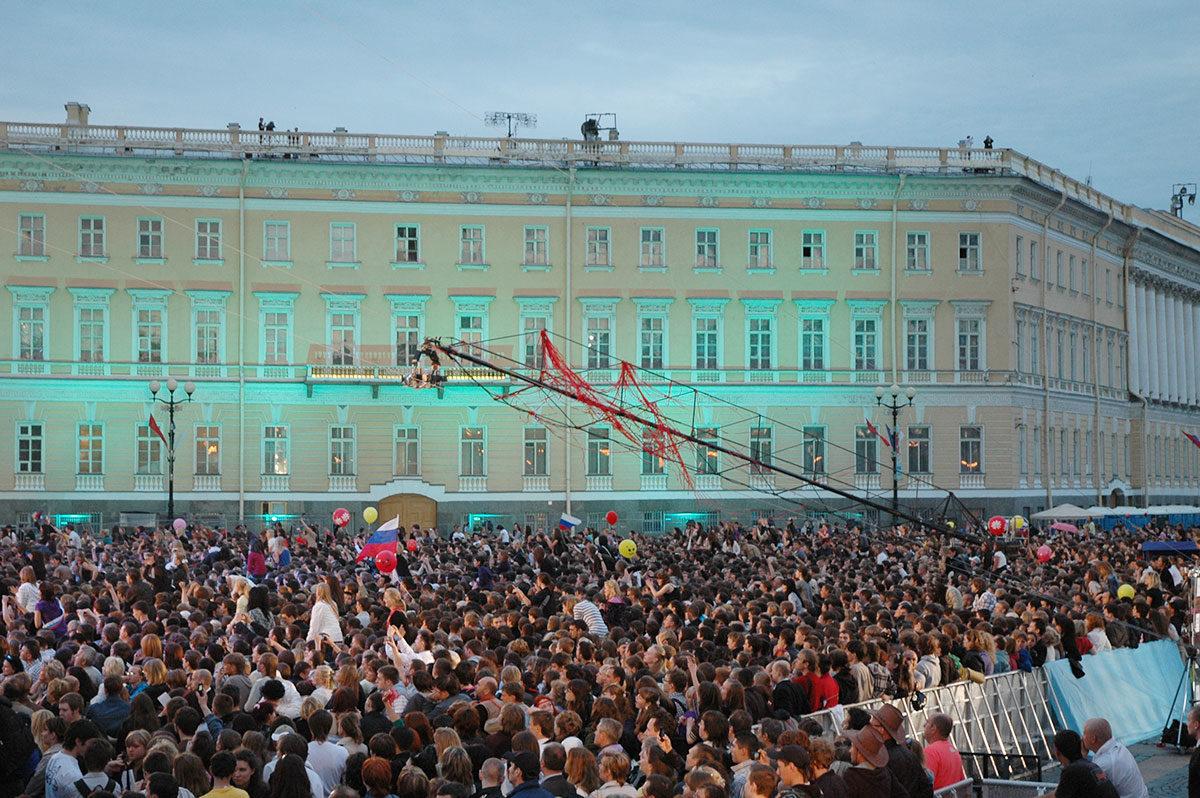 Праздник выпускников «Алые паруса — 2010»