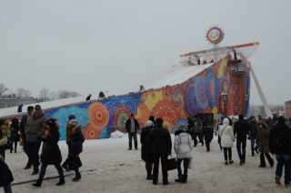 Масленичные гуляния у Петропавловской крепости